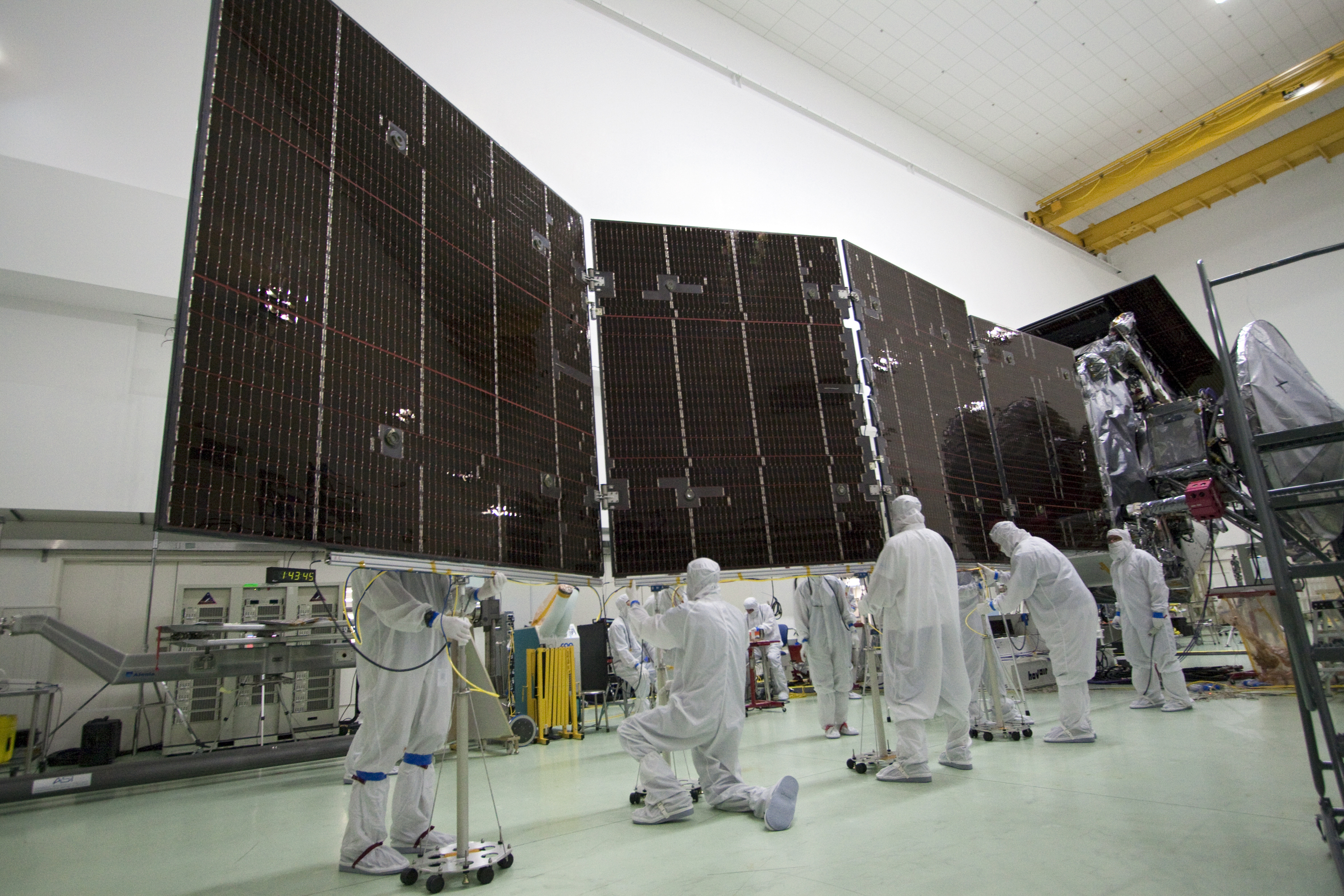 juno spacecraft solar panel - 1024×683